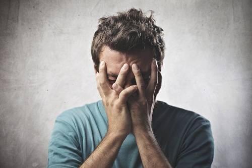 Lo stress e la timidezza ci rubano anni di vita