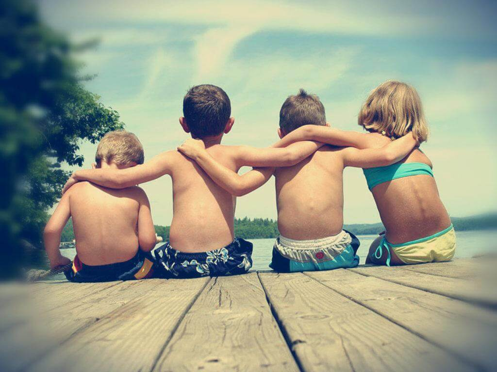 Amicizia: il vincolo che unisce le persone