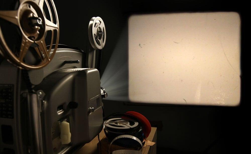 Il curioso test delle poltrone del cinema