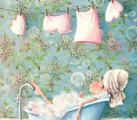 disegno donna in una vasca da bagno e biancheria stesa