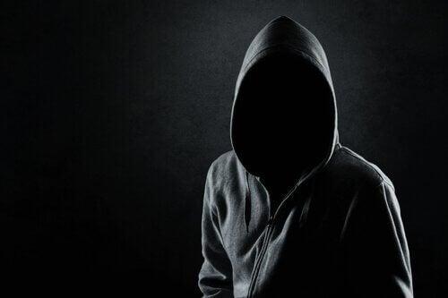 Che cosa succede nella mente di uno psicopatico?