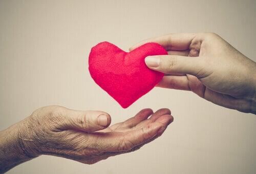 giovane cuore anziano