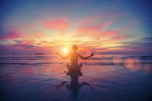 persona-fa-meditazione
