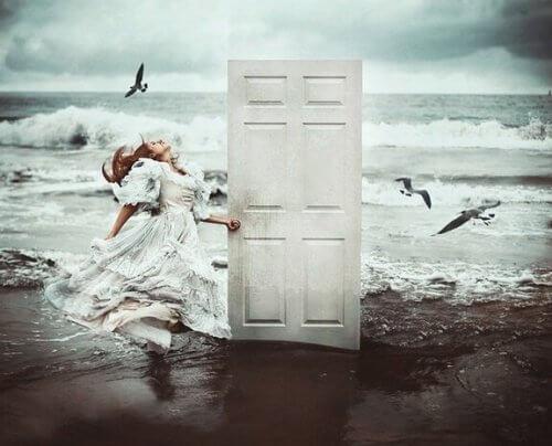 Quando si chiude una porta si apre un portone la mente for Porta a libro non si chiude