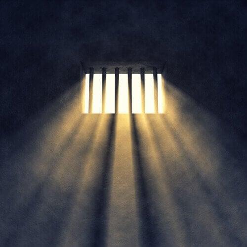 luce entra dalla finestra
