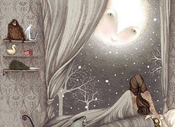 luna che guarda ragazza che dorme