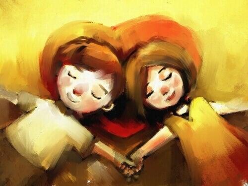 Coppia innamorata che si tiene per mano