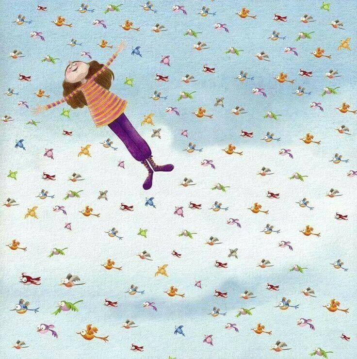 donna felice che vola circondata da passerotti