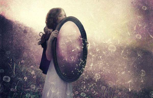 Le relazioni sono lo specchio in cui vediamo noi stessi