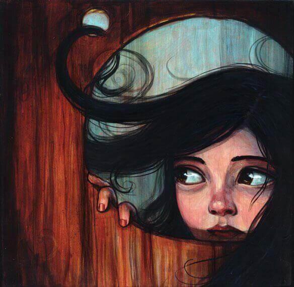 Ragazza-guarda-attraverso-la-porta