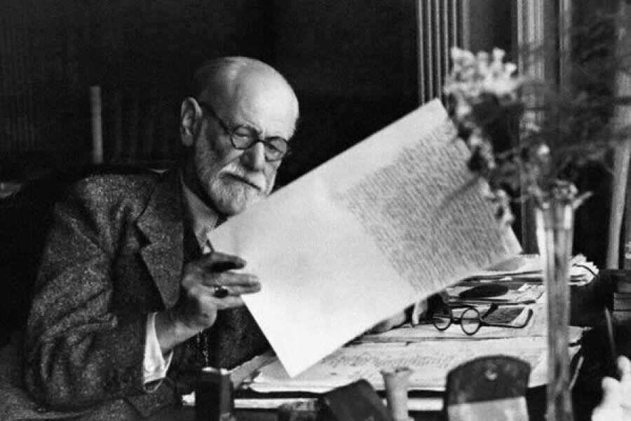 Sigmund Freud: biografia di una mente brillante