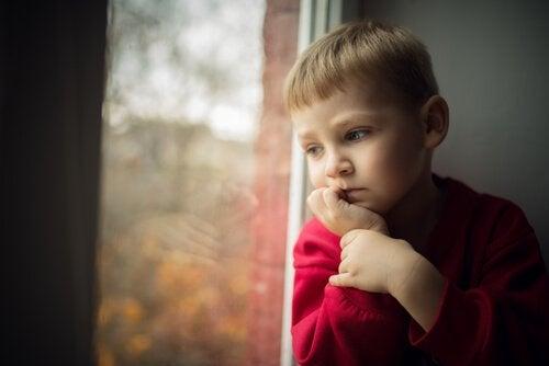 3 danni causati dall'ossessione per il controllo da parte dei genitori