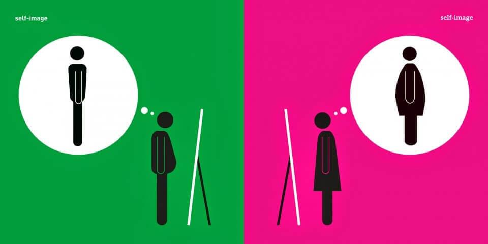 uomo e donna che si vedono allo specchio