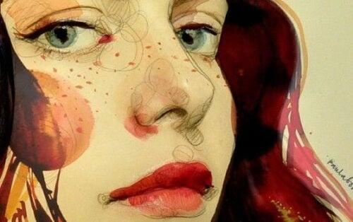 donna con sguardo ammaliante