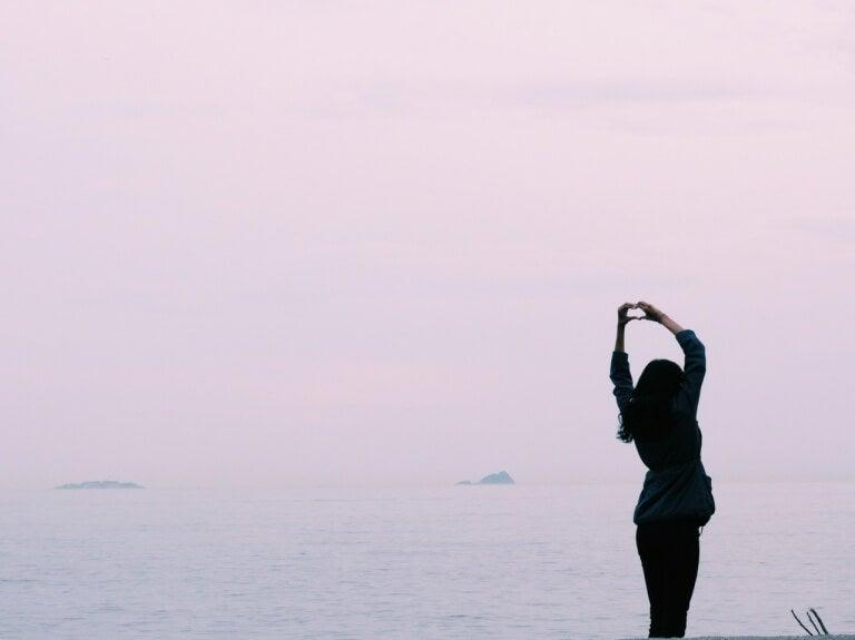 donna-davanti-mare