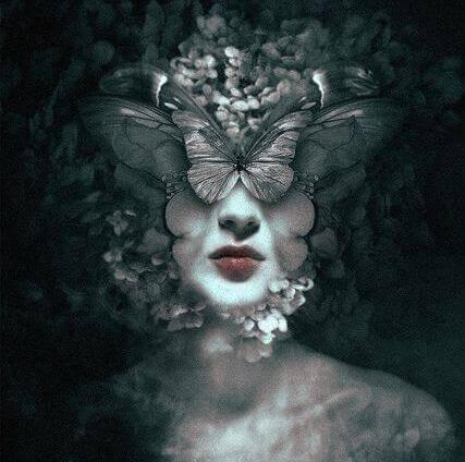 donna-volto-farfalle