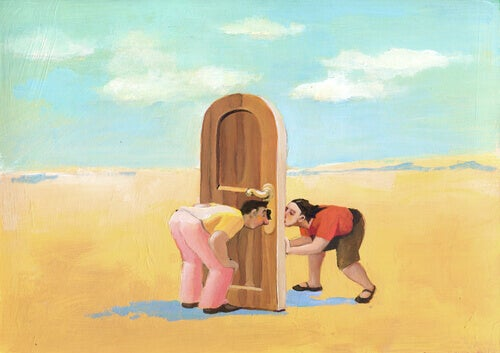 linguaggio non verbale uomo-e-donna-dietro-porta