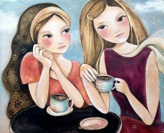 Amiche che prendono un caffe