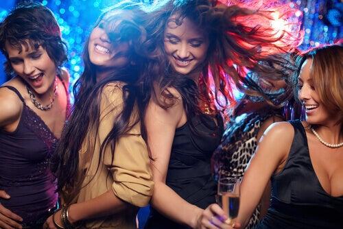 amiche-discoteca