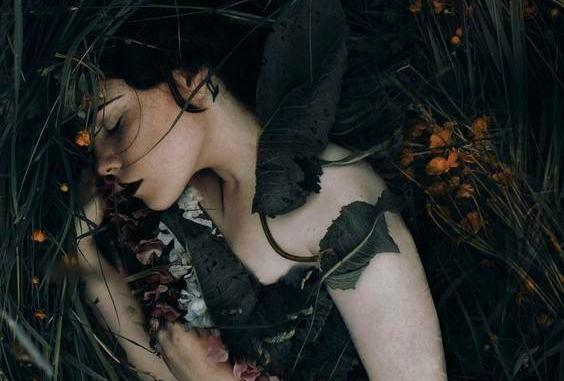 donna-nella-natura