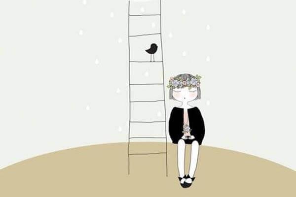 bambino accanto a una scala con uccello