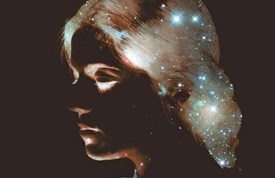 donna con stelle