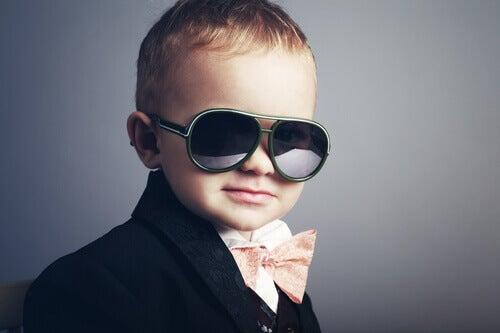5 segnali del fatto che state educando figli narcisisti