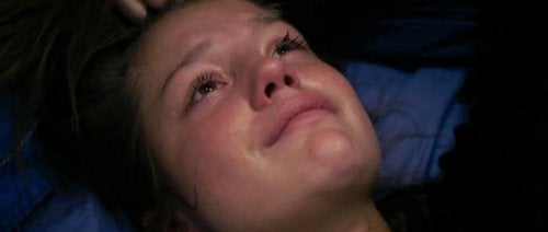Adele che piange