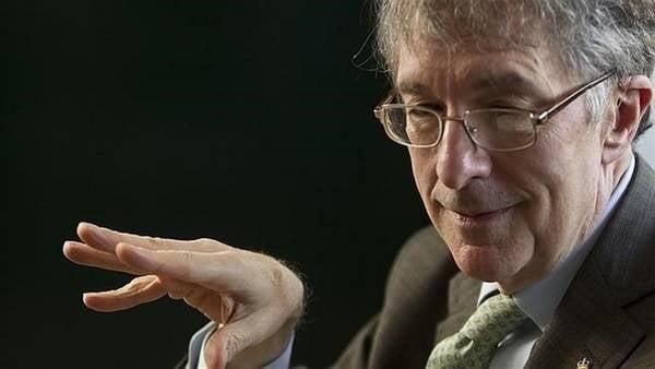 Howard spiega teoria cattive persone