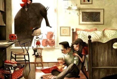 famiglia felice in casa che legge una storia