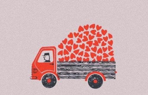 camion che trasporta cuori
