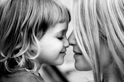 Una madre non è una migliore amica, è una madre
