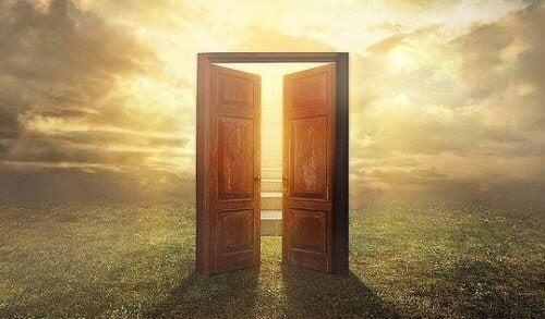 Se la porta non si apre non la vostra strada la mente for Porta a libro non si chiude