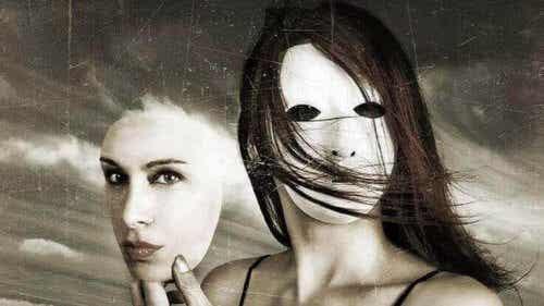 Autoinganno: il riflesso delle nostre bugie