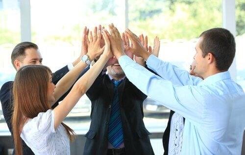 Un bell'ambiente di lavoro trasforma il dovere in piacere