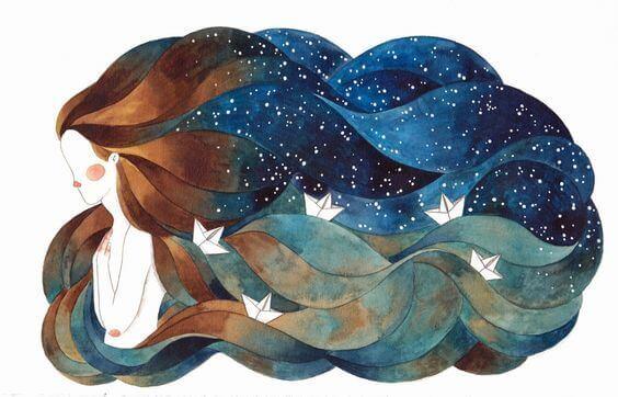 donna-con-capelli-oceano