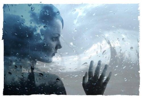 donna e acqua