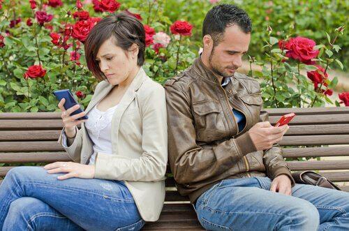 Le chrétien n'est pas à l'abri d'une dépression...  Coppia-su-social-network