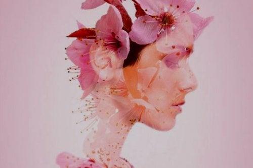 viso-di-donna-fatto-di-fiori