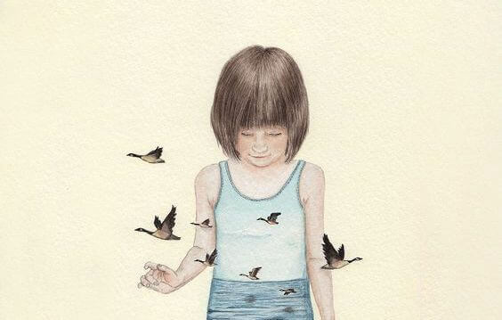 bmabina-circondata-da-uccelli