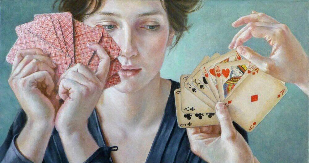 donne-giocano-a-carte