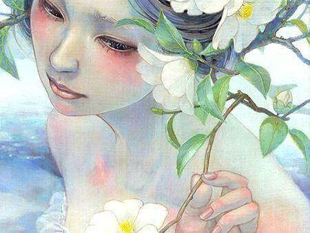 viso-donna-e-fiore-bianco