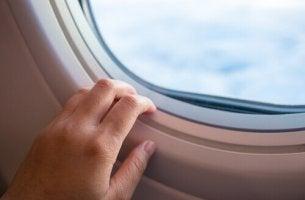 finestrino-aereo volare