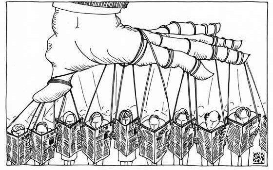 manipolazione-dei-giornali