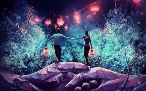 coppia-con-lanterne-si-da-la-mano