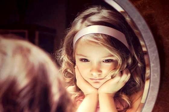 Piccoli adulti: bambini che sanno ciò che gli adulti ignorano