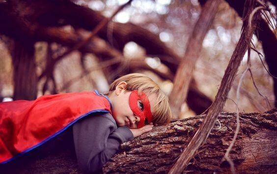 bambino-supereroe