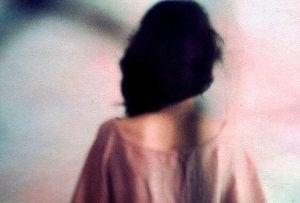 donna-di-schiena