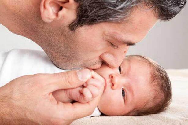 padre-con-il-figlio