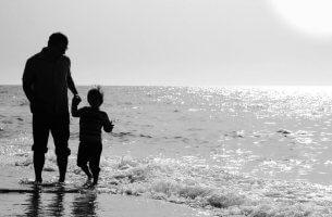 padre-e-figlio-mare vederti mai più